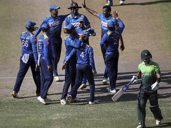 Twitter increases character limit to 280, ICC trolls Sri Lankan cricketers in funny way