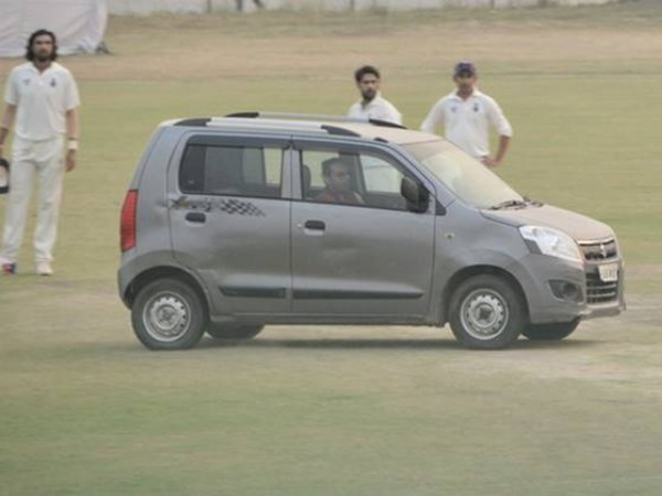 Security breach during Delhi-UP Ranji Trophy game, Man drives car onto pitch