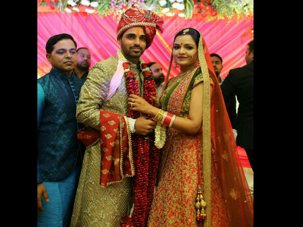 Bhuvneshwar Kumar Gets Married Nupur Nagar Meerut See Pics