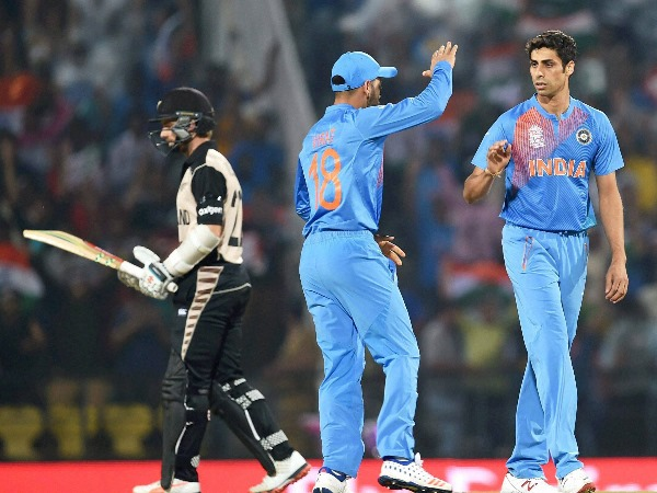 Ashish Nehra revealed about his retirement that he Did Not Want To Playing At Expense Of Bhuvneshwar