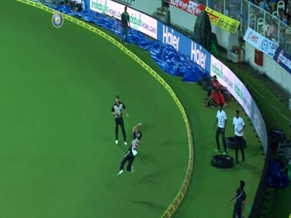 India vs New Zealand: Mitchell Santner with circus stuff on the boundary