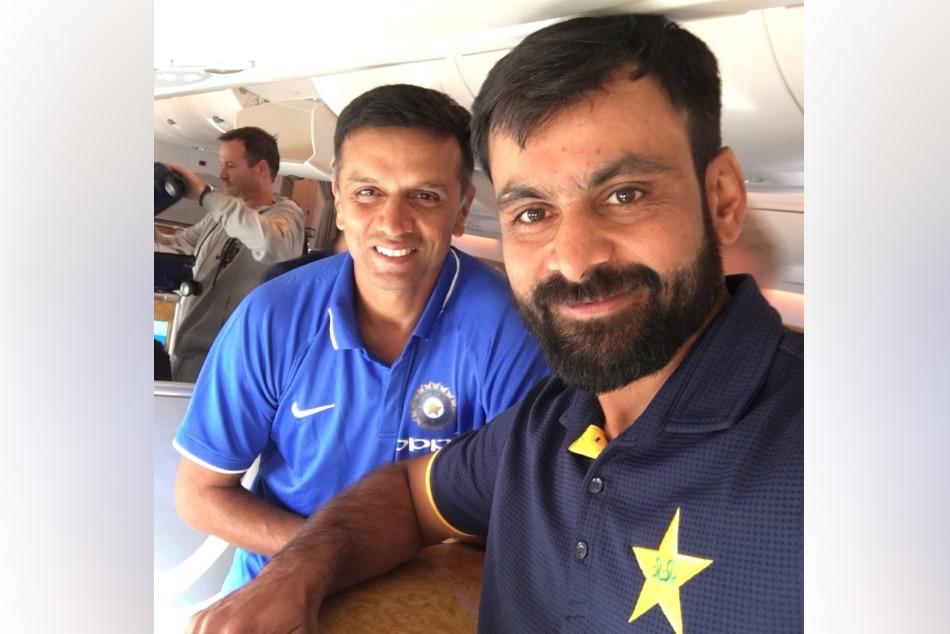 Pak Batsman Mohammad Hafeez Share Selfie With Rahul Dravid On Twitter