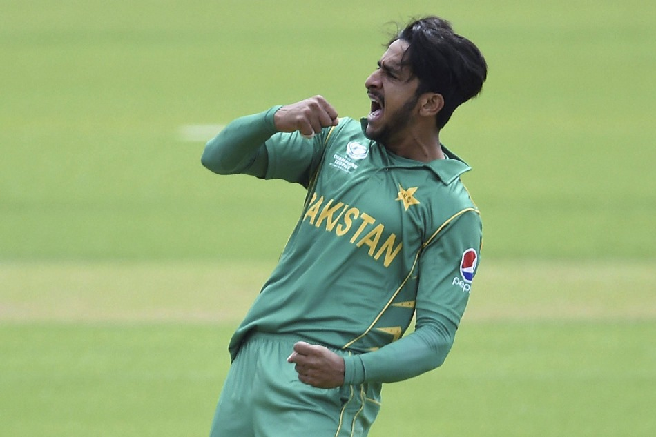 pak bowler hasan ali seen wearing mask during bangladesh premier league