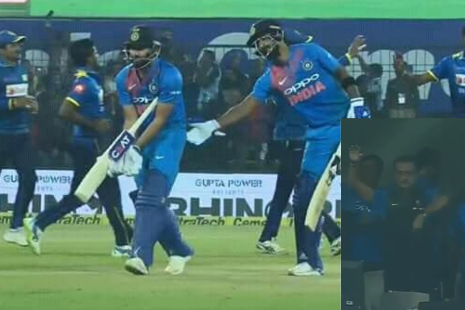 must watch video: rohit sharma gesture ravi shastri to send ms dhoni at number 3