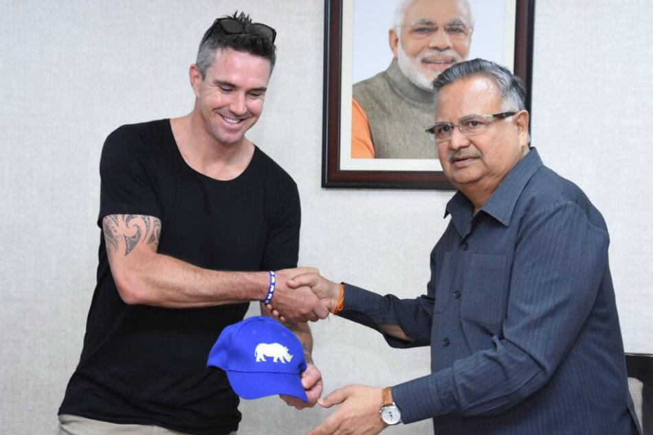 Kevin Pietersen Help Support Wild Animals Chhattisgarh