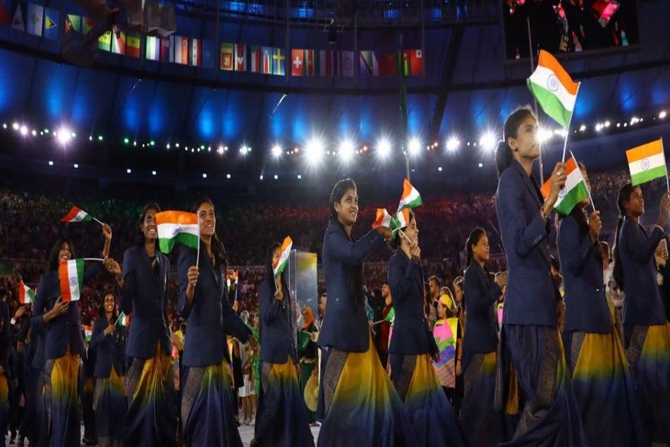 No Sari India Women Athletes Wear Trousers Blazer At Cwg 2018 Opening Ceremony