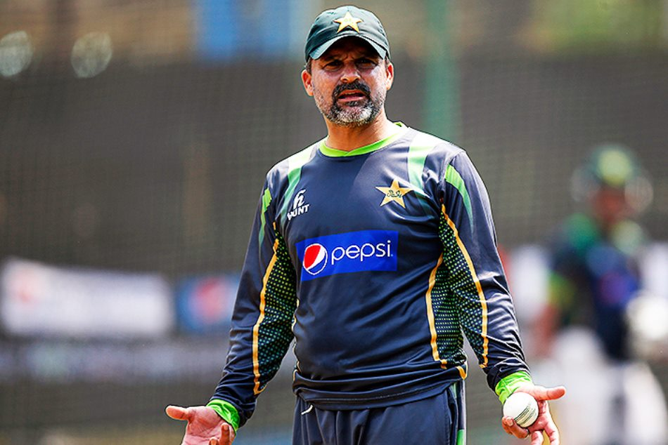Moin Khan Slams Foreign Players Refusing Travel Pakistan