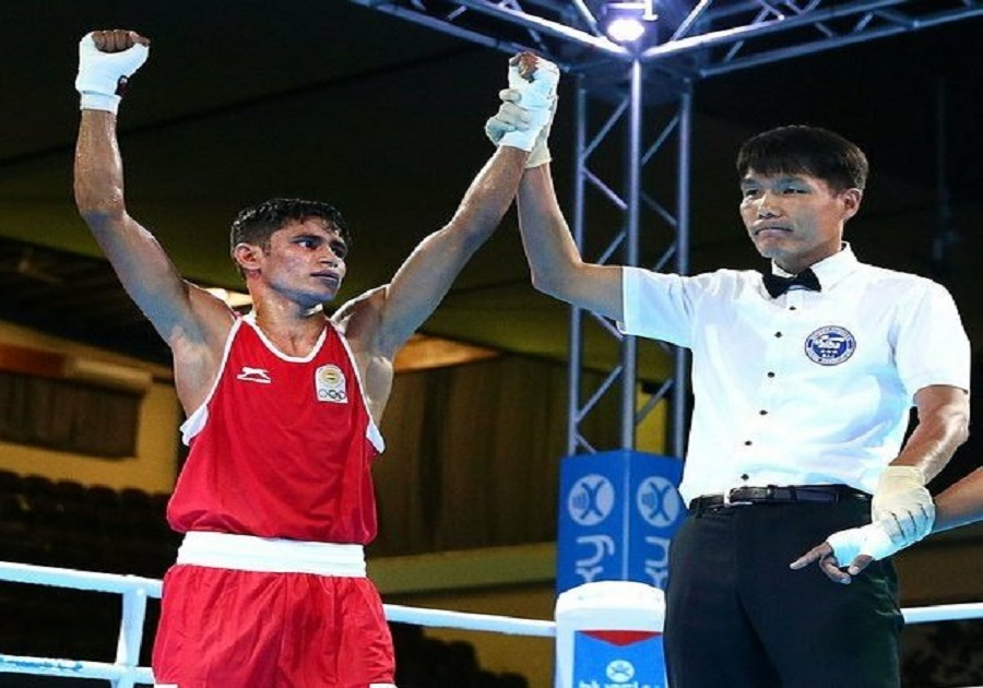 Cwg 2018 Boxer Gaurav Solanki Wins Gold Men S 52kg Category