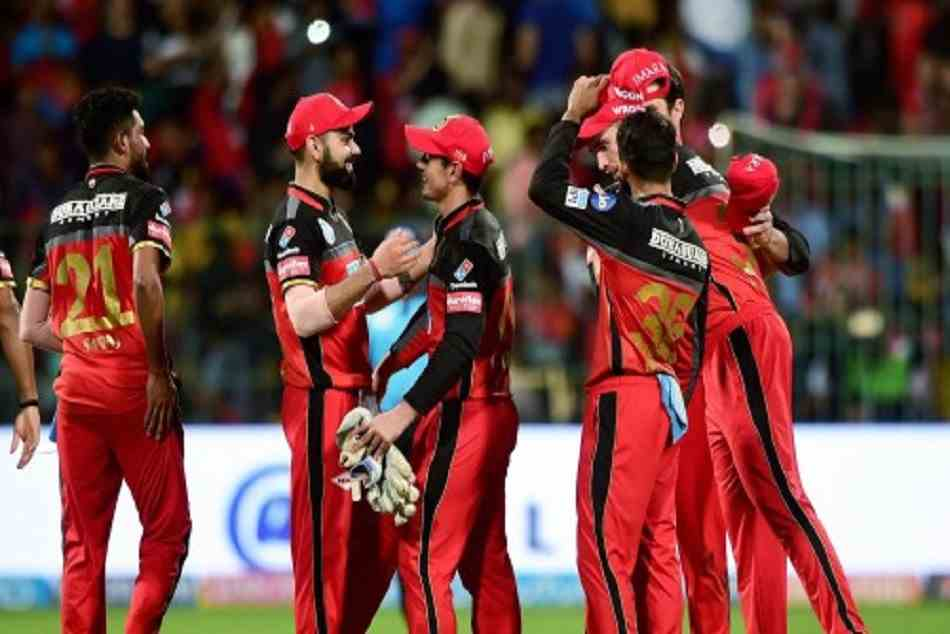 Twitterati lauds Royal Challengers Bangalore's 'outstanding' effort