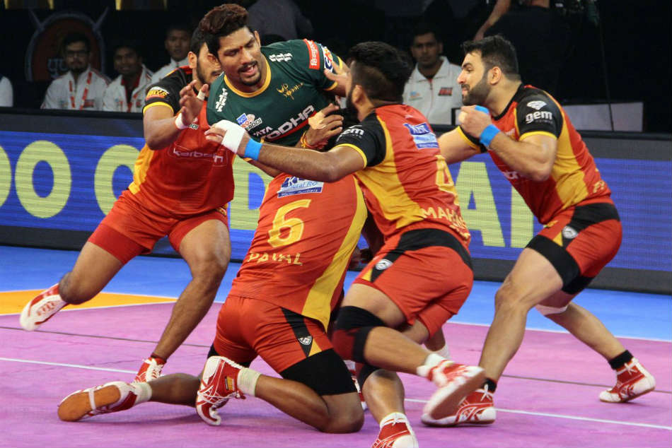 Pro Kabaddi League 2018 Most Expensive Buys From Players Auction