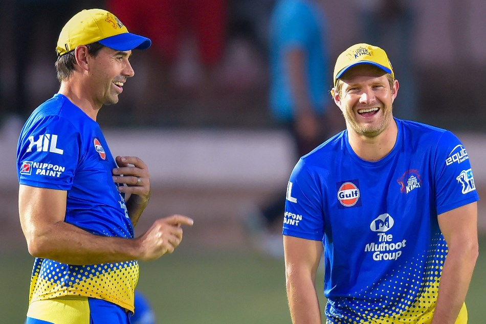 Ms Dhoni Well Handled Injured Shane Watson During Match