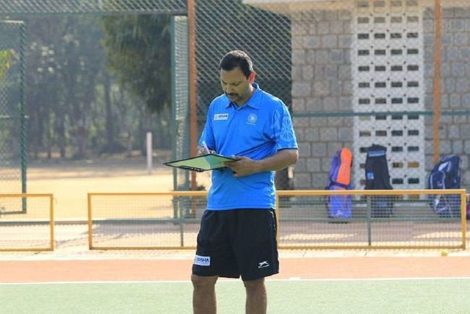 harendra singh demanded better food for hockey players