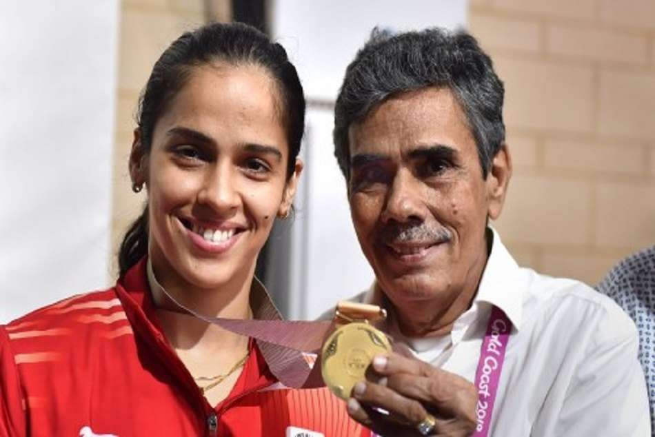 Saina Nehwal Upload Two Videos His Parents