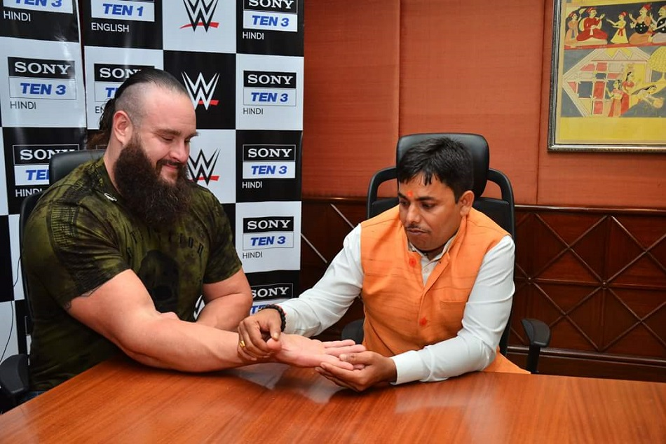 Braun Strowman photo with Indian astrologer getting viral