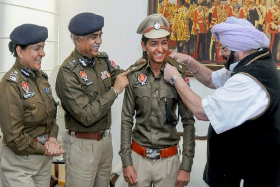 harmanpreet dismised by dsp rank from punjab police