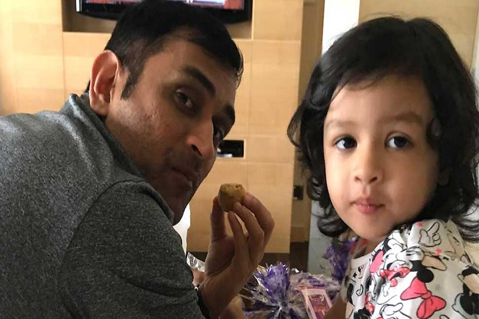 Ms Dhoni Shared Cute Video His Daughter Ziva On Instagram
