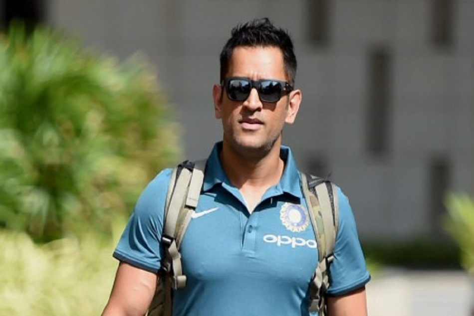 Csk Captain Ms Dhoni Learning Tamil Language Fans
