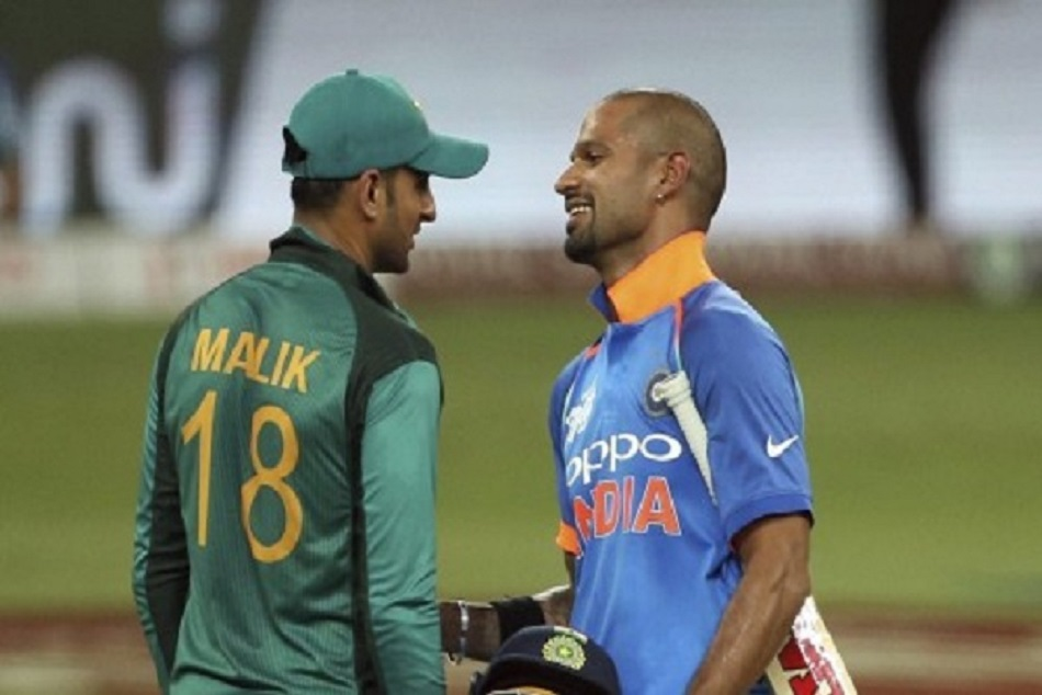 When Fans Shouted Jiju Shoaib Malik Against Indvspak Match A