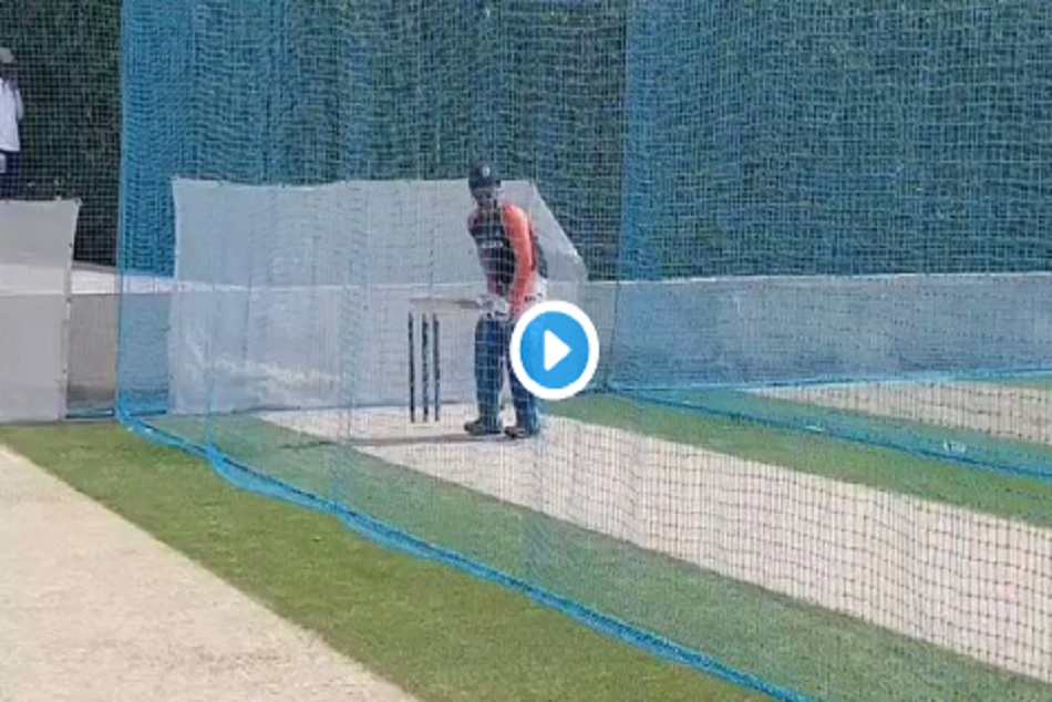 Asia Cup 2018 Ms Dhoni Bats Full Flow At Nets Pakistan Clash