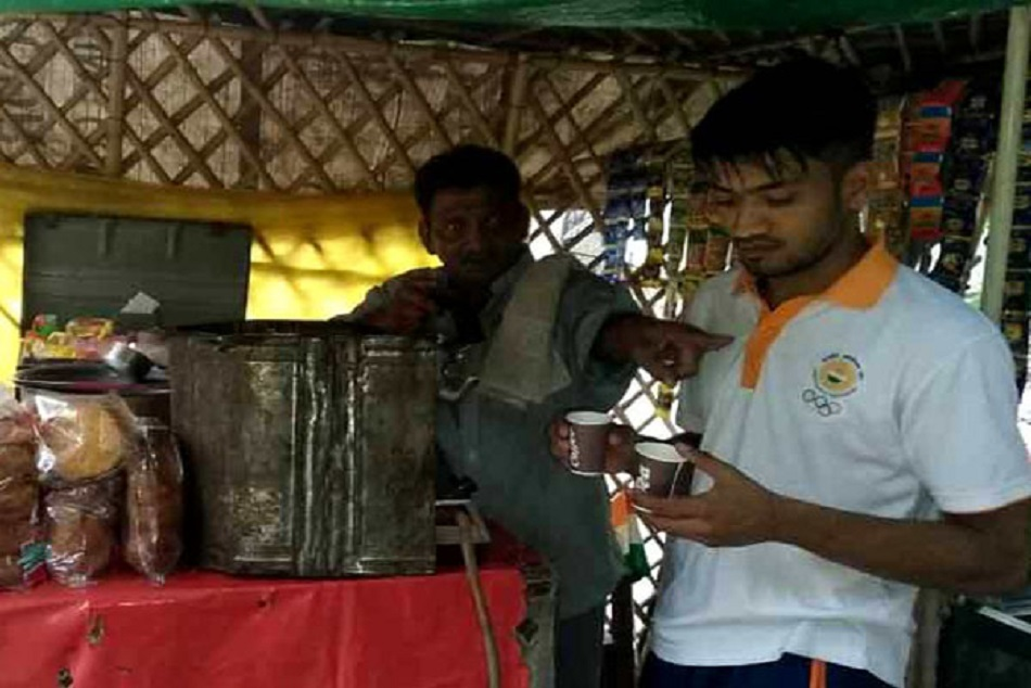 Asian Games 2018:Asian Games bronze medalist sells tea for living