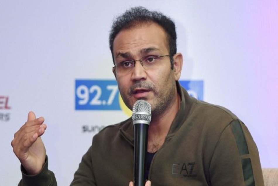 Virendra sehwag said ms dhoni is best option for world cup than pant