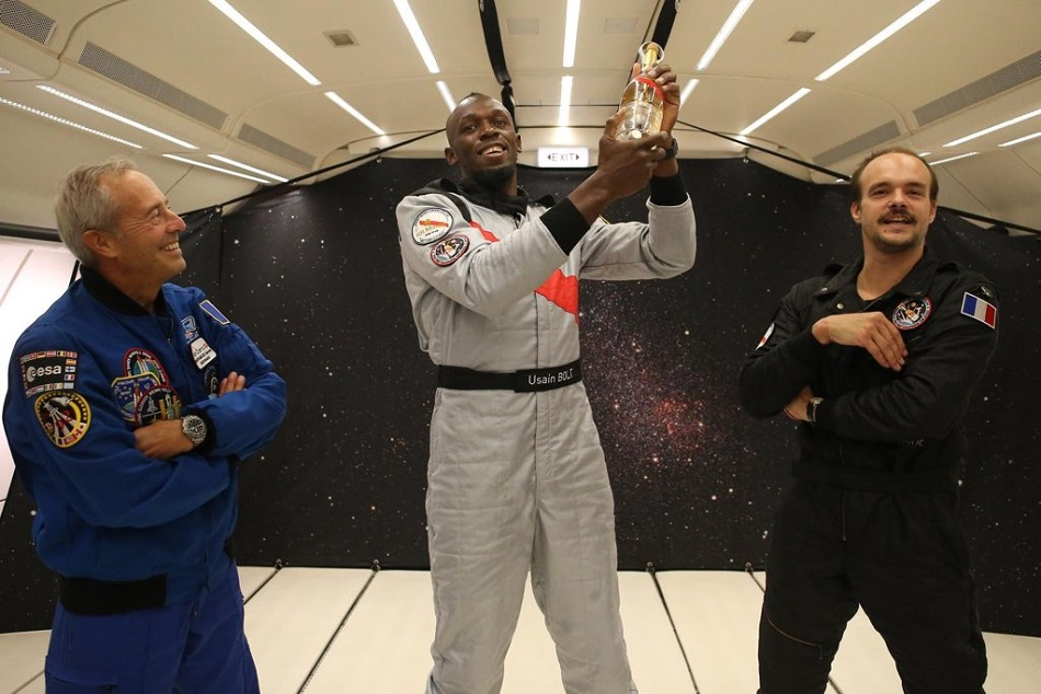 Fastest Man Usain Bolt Won Race Zero Gravity Too