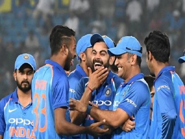 होने हैं 3 वनडे और 5 टी-20 मुकाबलेः