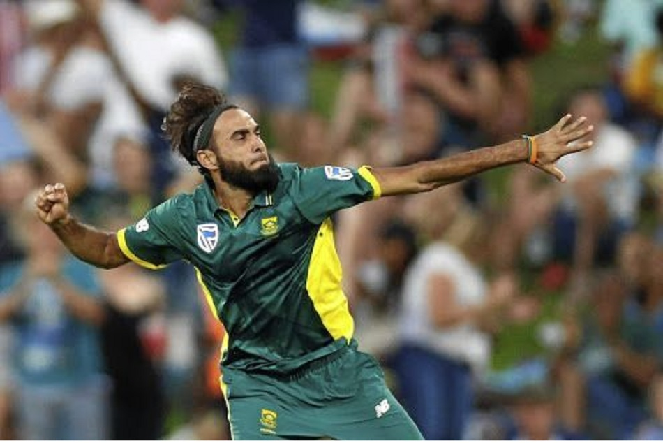 Imran tahir embarrassed after umpire gave no ball decision against Australia