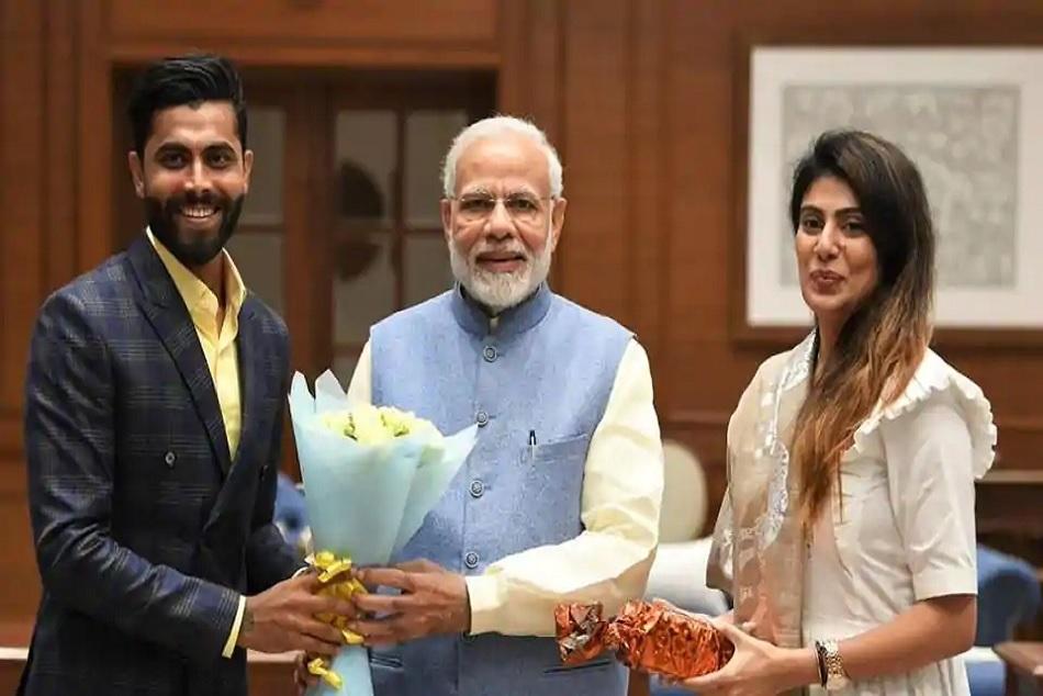 Pm Narendra Modi Meets India Cricketer Ravindra Jadeja