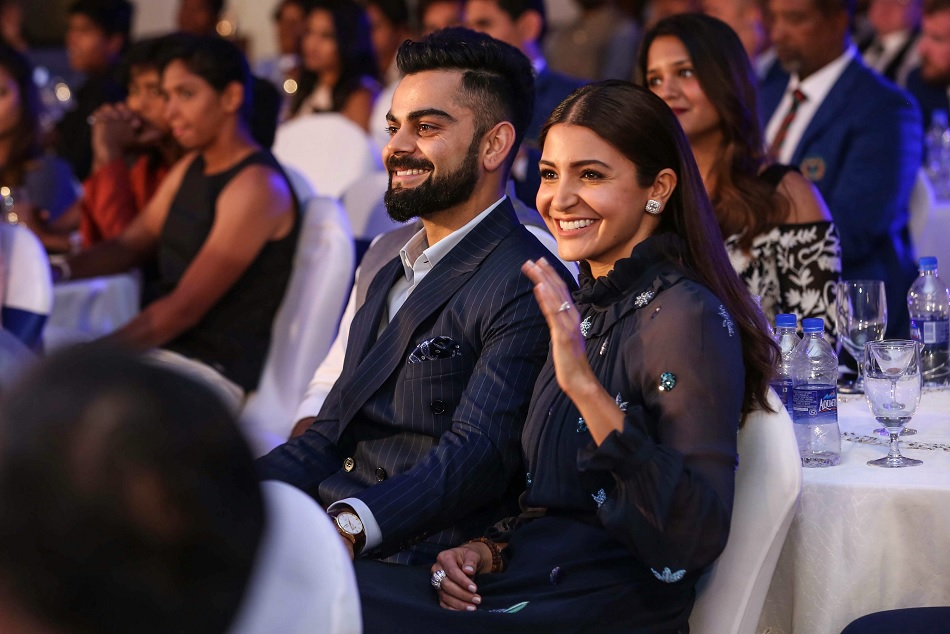 virat kohli and anushka sharma is celebrating their first marriage anniversary in very emotional way