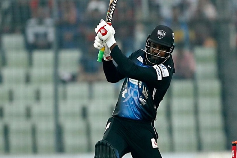 Chris Gayle becomes the first batsman to hit 900 T20 sixes