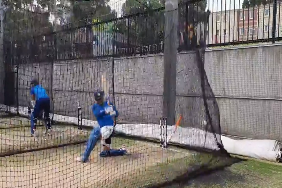 India Vs Australia Dhoni Seen Practicing Explosive Hits On Nets