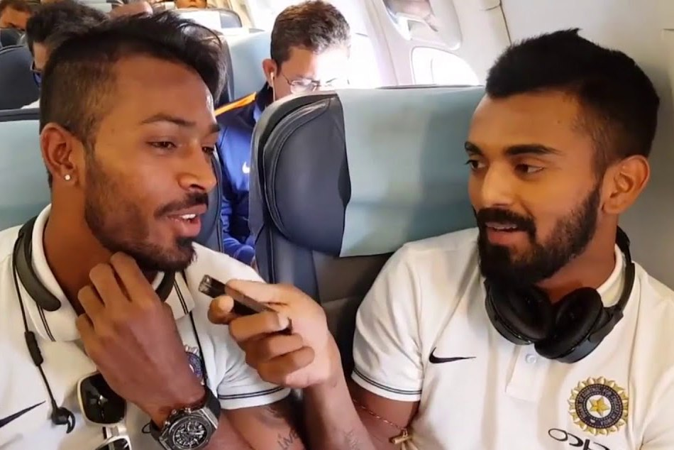 Harbhajan Singh Said He Will Not Travel The Bus With Hardik Pandya Lokesh Rahul