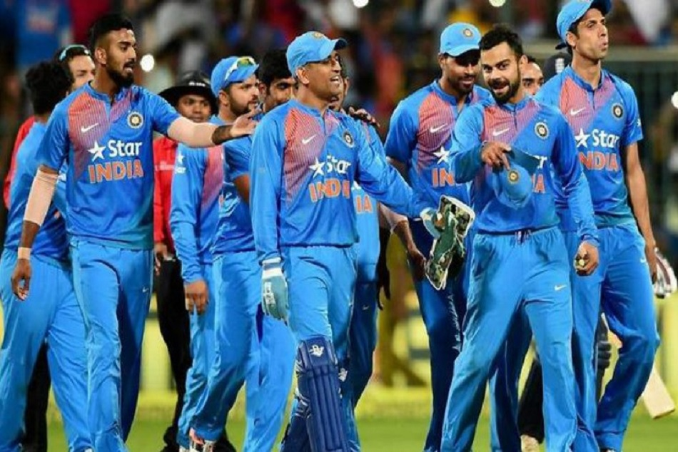 New Zealand Police Warns Public About Indian Cricket Team in a funny way