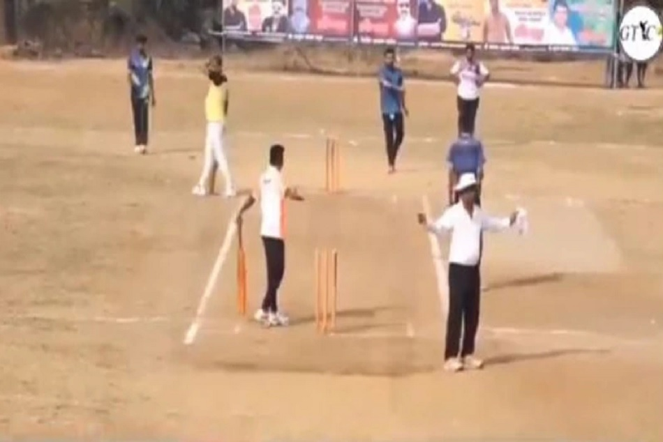 6 run needed in one boll bowler conceded 6 wides, watch viral Video