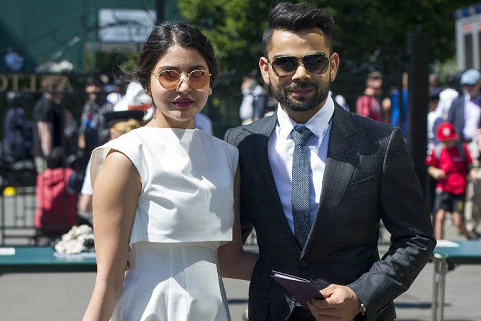 Virat Kohli Anushka Sharma With Roger Federer At Australian Open Pic Went Viral
