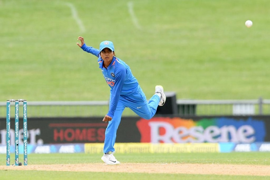 Icc womens championships: India won the first ODI against England by 66 runs