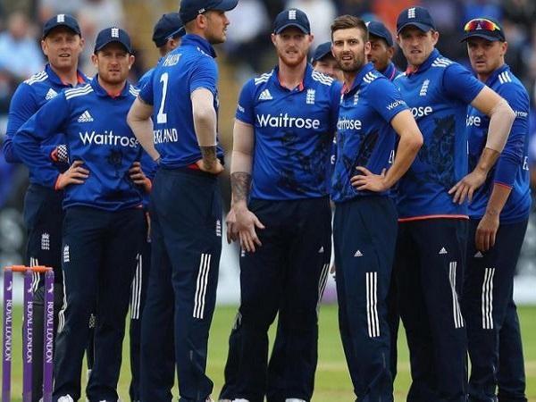 क्यों दावेदार मानी जा रही है इंग्लैंड टीम