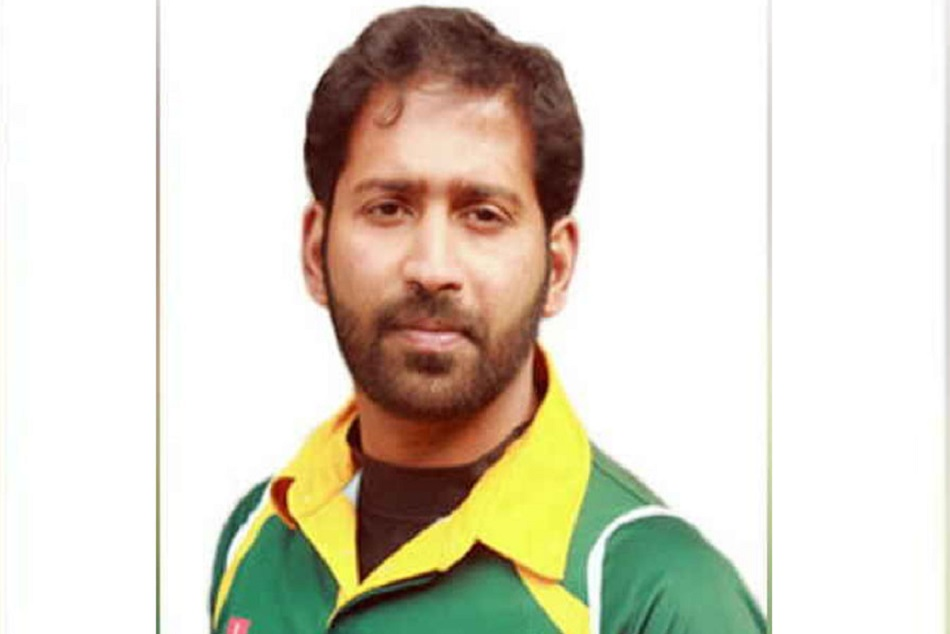 Bad News Cricket Fans Hareesh Gangadharan Dies During Match