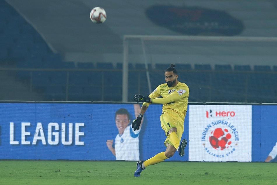 ISL 5: Gurpreet Singh Sandhu and Amrinder Singh in fierce battle for Golden Glove