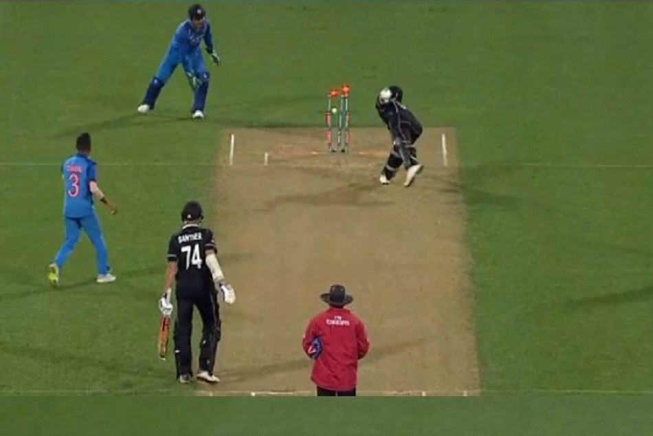 India vs New Zealand: MS Dhoni stunned Jimmy Neesham with a brilliant run-out