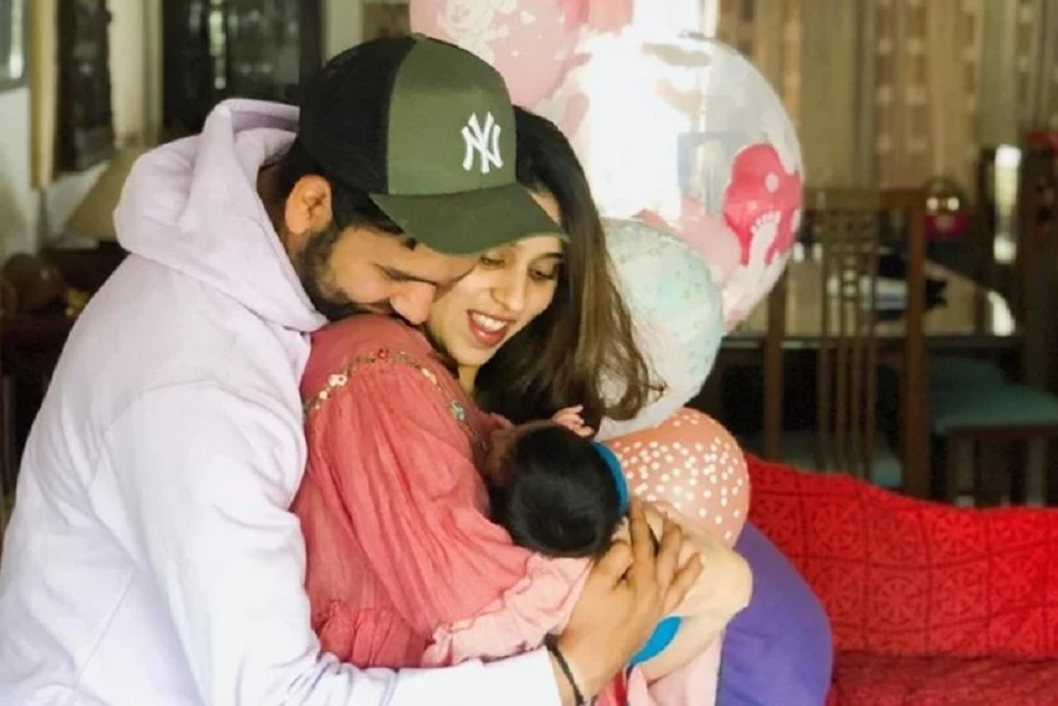 Video Viral Rohit Sharma Cute Daughter