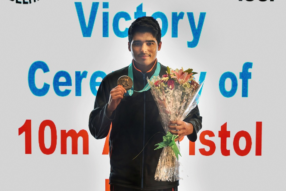 ISSF World Cup 2019: Sourabh Choudhary won gold in Mens 10 meters air pistol