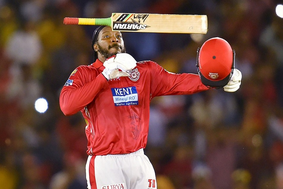 Ipl 2019 Chris Gayle Becomes The First Batsman To Hit 300 Sixes In Ipl History