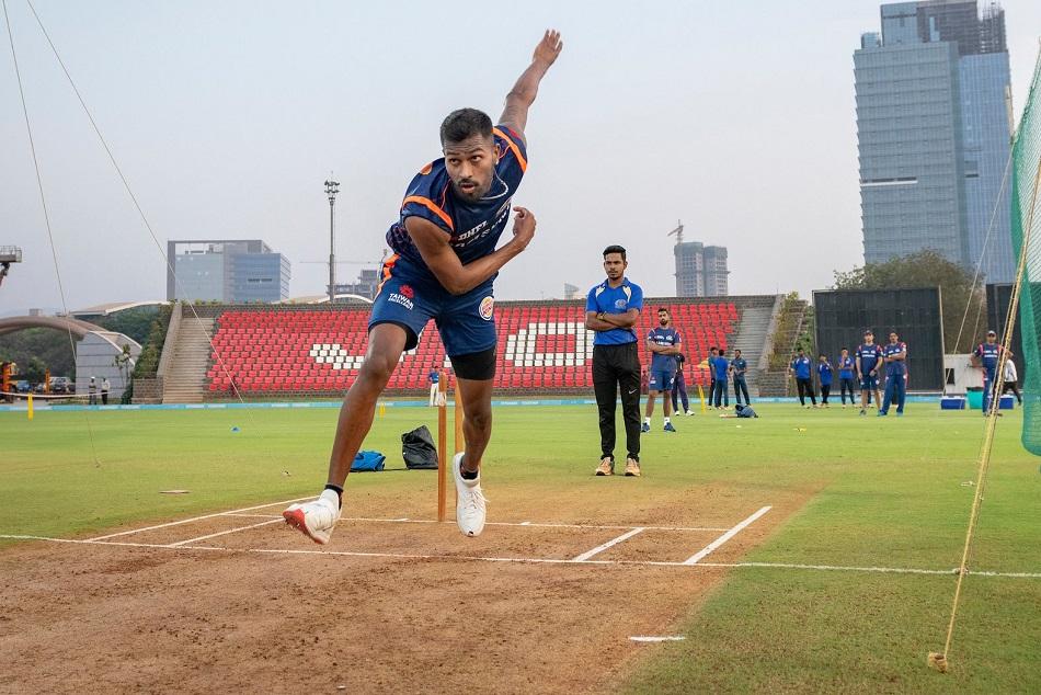 Hardik Pandya Joins Mumbai Indians Pre Tournament Camp