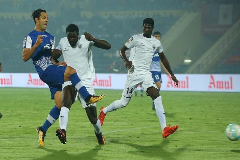 Isl 5 Northeast United Take On Bengaluru Fc Aim Maiden Final