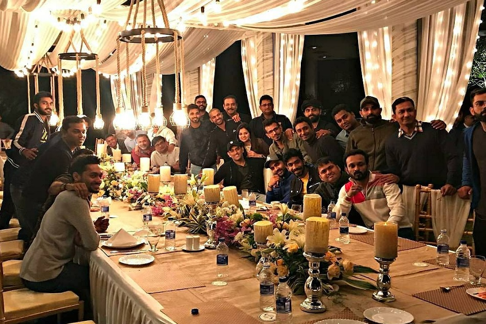 MS dhoni throws dinner party to Indian cricket team and staff ahead of ranchi odi