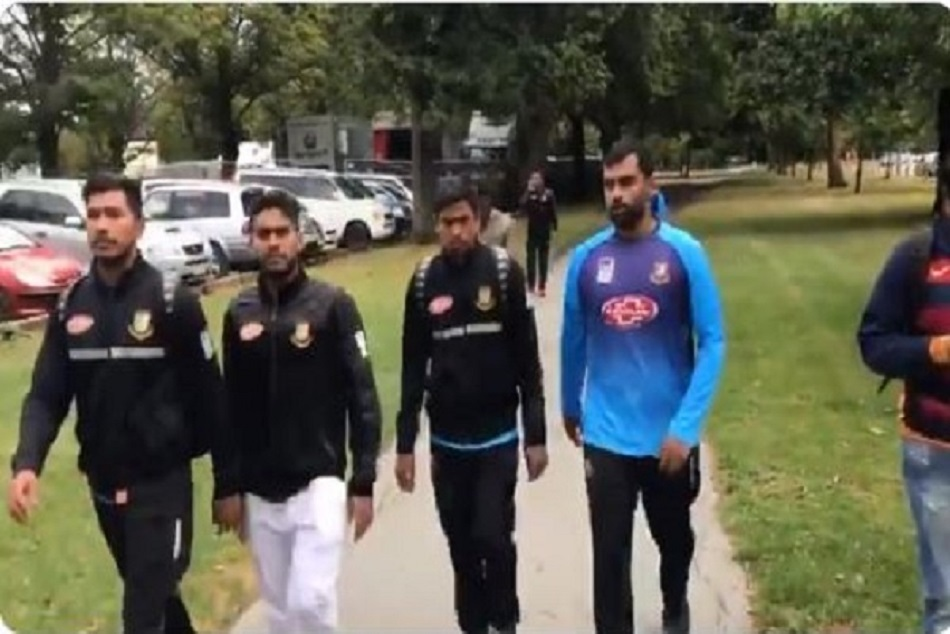 Bangladesh cricketers escape from mosque shooting in Christchurch, New Zealand