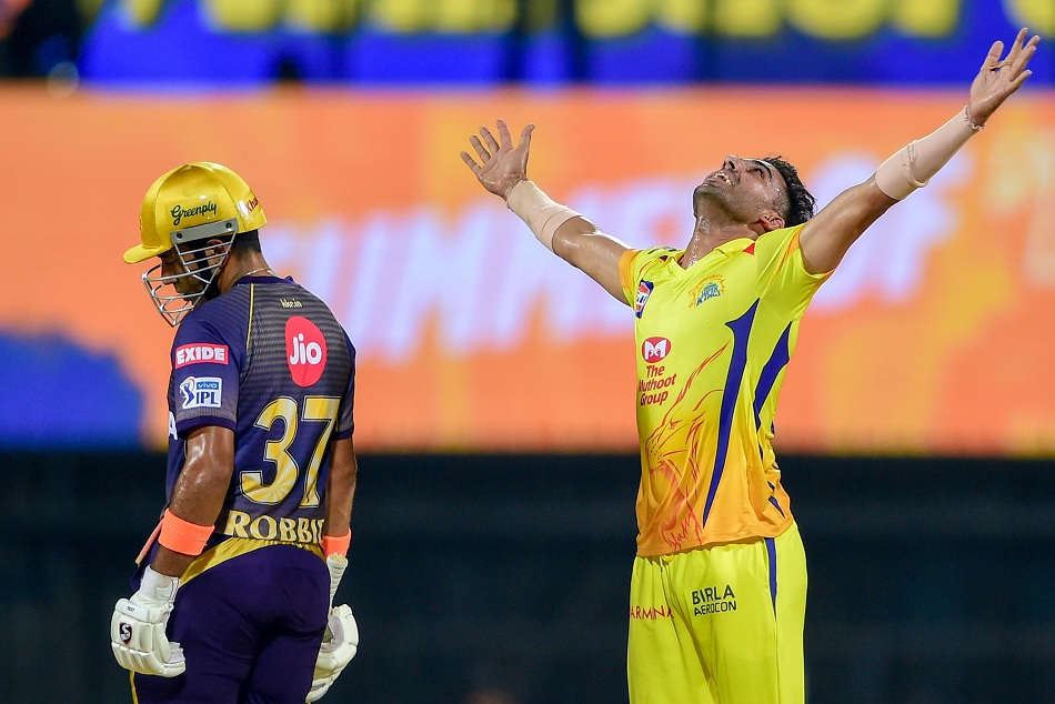 IPL 2019: Deepak Chahar becomes the most dot ball delivered bowler of IPL history