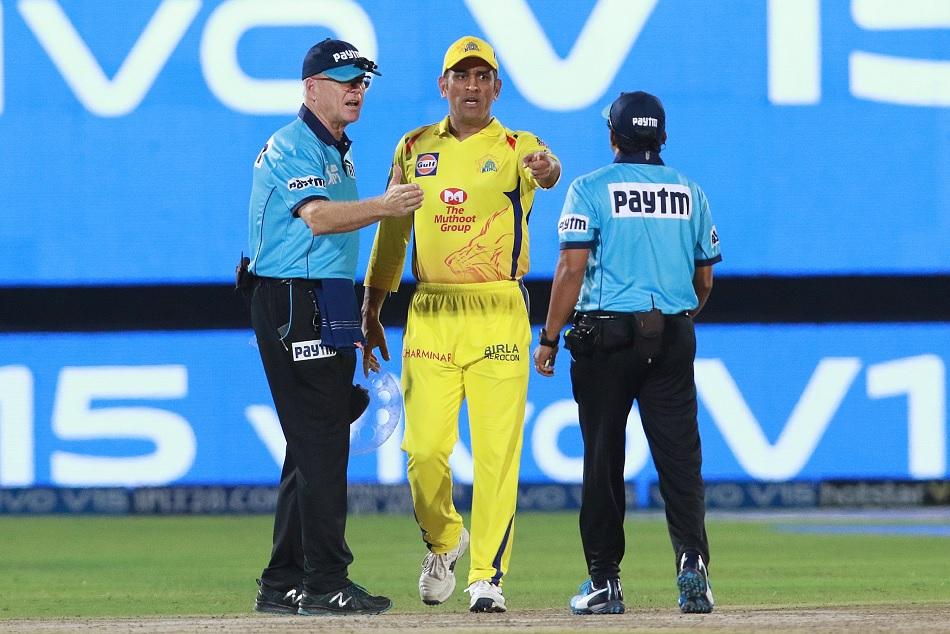 IPL 2019: Stephen Fleming defends MS Dhonis outburst behavior